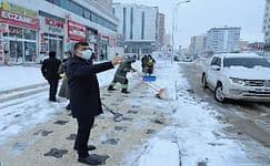 Başkan Fadıloğlu sahada görev yapan personeli ziyaret etti