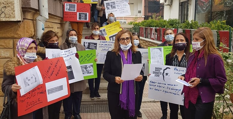 CHP: Kadına Şiddet Politiktir